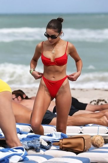 Olivia Culpo Nude & Topless ULTIMATE Collection 121