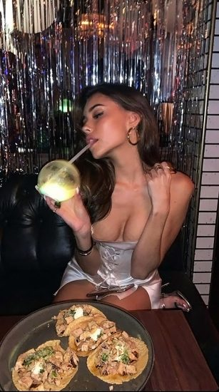 Madison Beer Nude LEAKED Pics & Sex Tape Porn Video 26