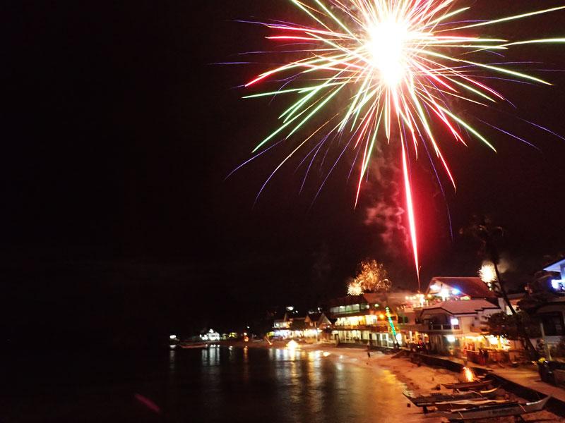 new year fireworks puerto galera