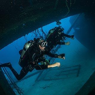 naui underwater archeologist