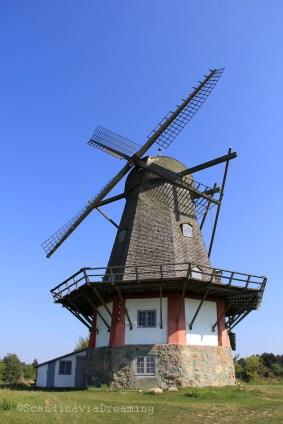 Moulin hollandais datant de 1852 à Bogo