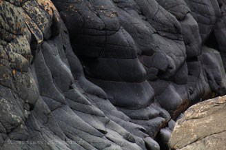 Roche volcanique sur la côte de Scanie