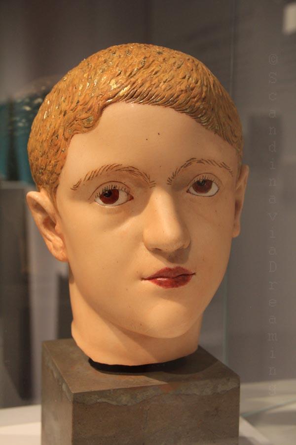 Tête de jeune romain remise en couleurs