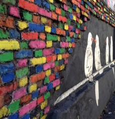 Mur le long de la voie ferrée à Zagreb