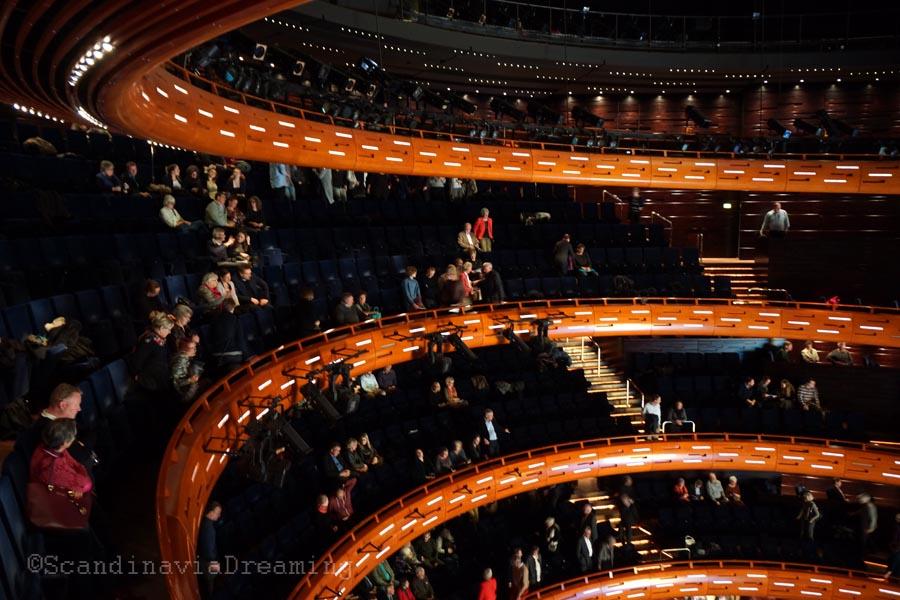 Dans la salle d'opéra à Copenhague