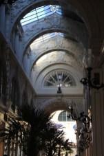 Passage Pommeraye aux lumières d'un soir d'été