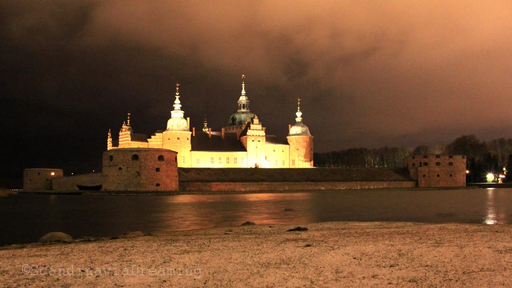Château de Kalmar by night