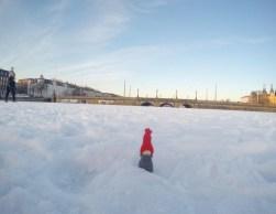 Scandi sur le lac gelé