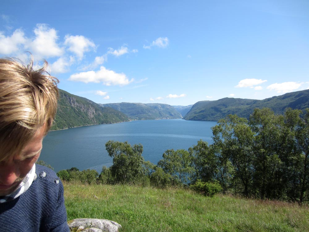 Esben et le fjord