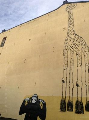 Giraffe et singe