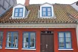 Maison Bleu Blanc Rouge