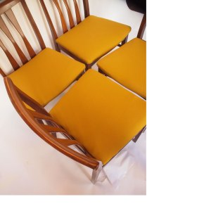 Lot de 4 chaises vintage scandinave, assise jaune moutarde