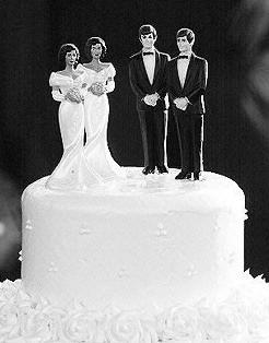 gay-wedding-cakae.jpg