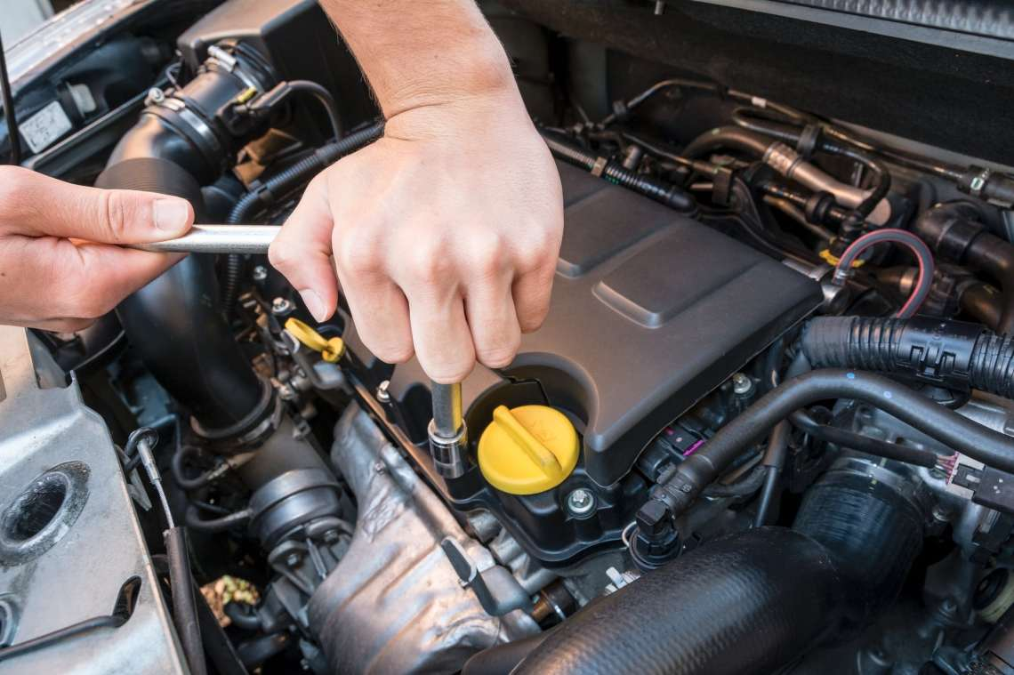 Diy Auto Repair Basic Car Repairs Everyone Should Know