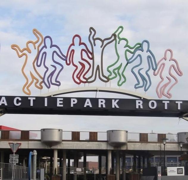 Attractiepark Rotterdam toont eerste blik op nieuw spookhuis