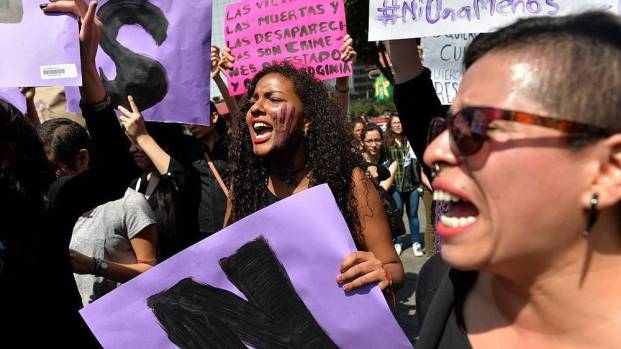 women-strike-in-argentina-after-the-brutal-rape-and-murder-of-a-16-year-old-girl-1476906996