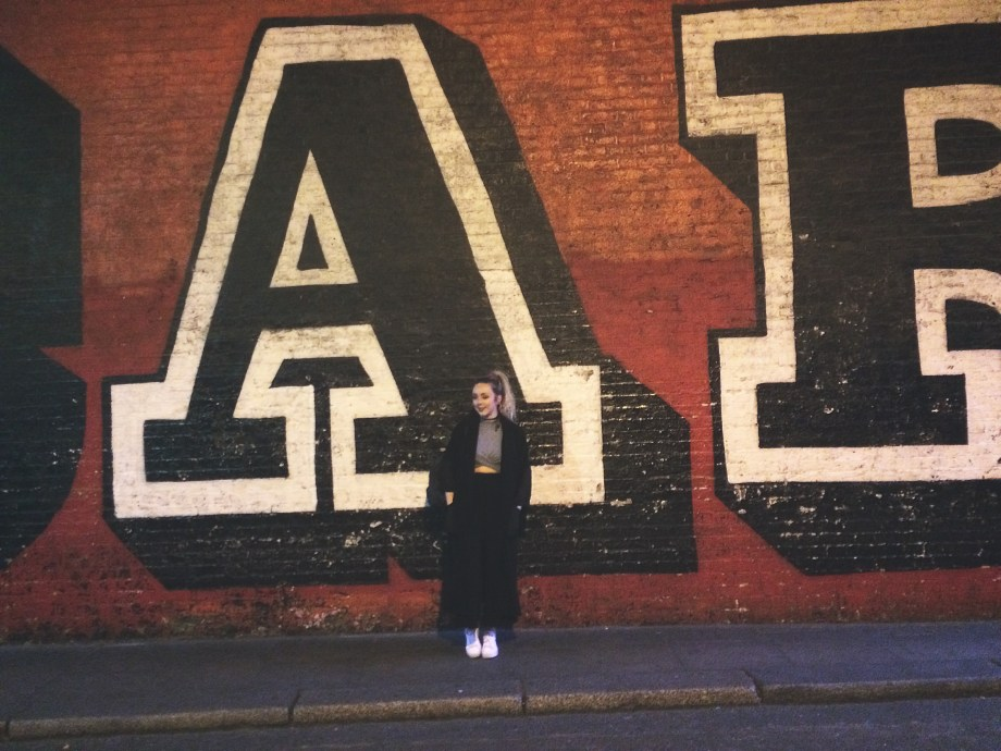 London: Scarlett Notes Top 3 Places To See …