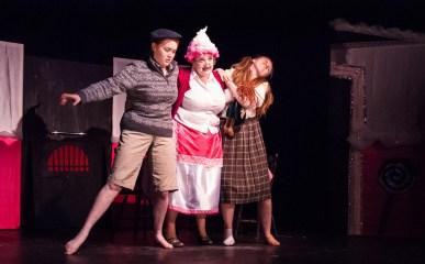 Marie Byrne Hansel & Gretel Opera 07