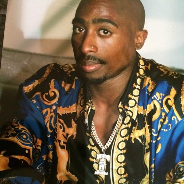 Tupac_In_Versace