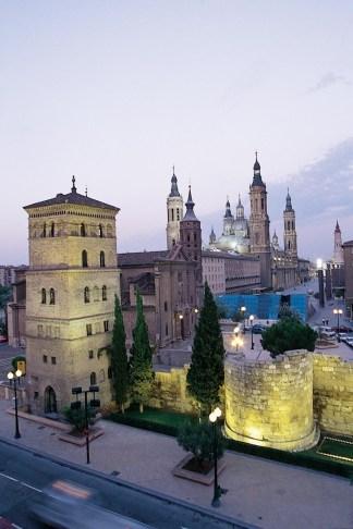Vista nocturna Plaza de las Catedrales. Autor Abilio Lope