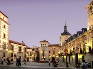 SCB Spain Convention Bureau. Madrid. Plaza de la Villa