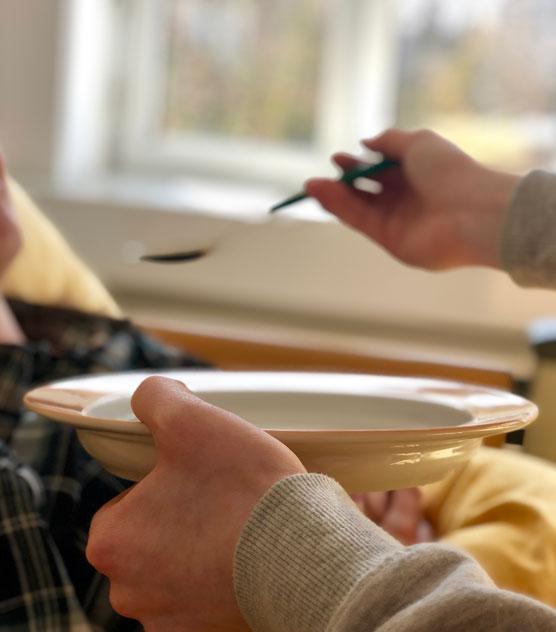Sozialpflege - Essen anreichen