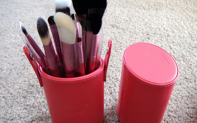 New Sigma Makeup Brushes and My Current Contest