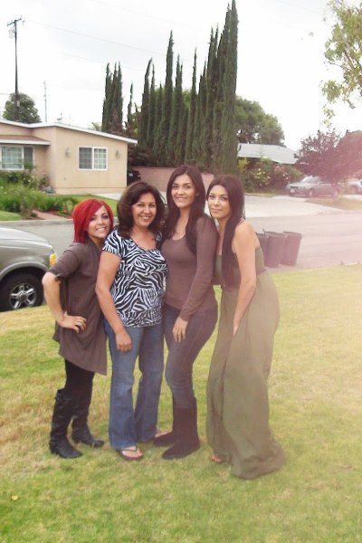 My Second Mother's Day: Time with the familia