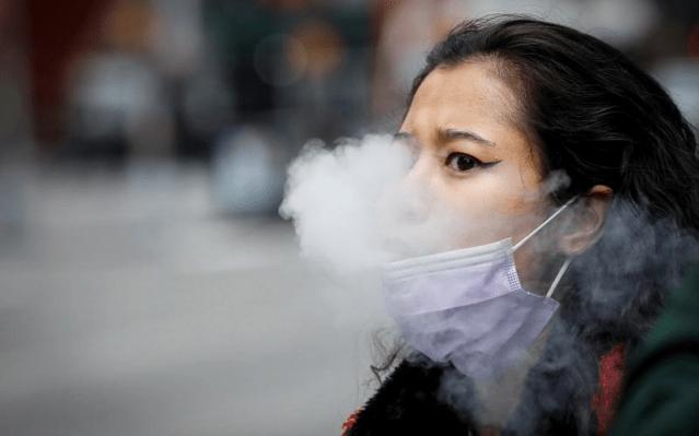 美國政府調查:全美逾200萬中學生抽電子菸