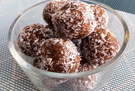 SCD Peanut Butter Coconut Date Engery Balls