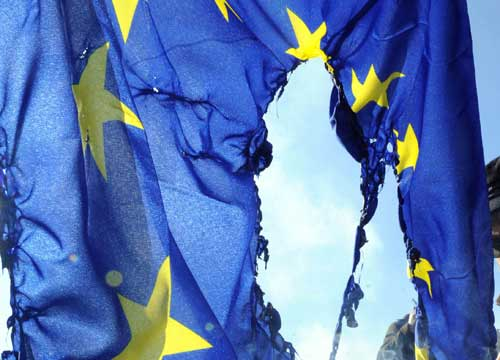 Sull'illegittimità delle cessioni di sovranità il Tribunale di Genova deciderà a settembre, rinviata l'udienza del 9 luglio. (di Marco Mori)