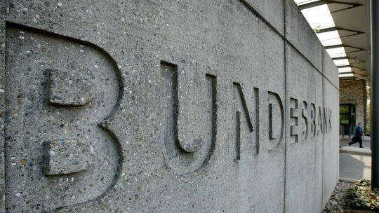 Come la Germania bara, col consenso della UE e l'inerzia della BCE, sul rendimento dei Bund