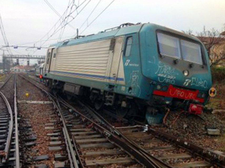 treno deragliato-2