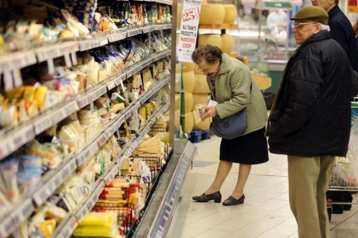FLASH: ISTAT CERTIFICA CROLLO FIDUCIA DEI CONSUMATORI A FEBBRAIO