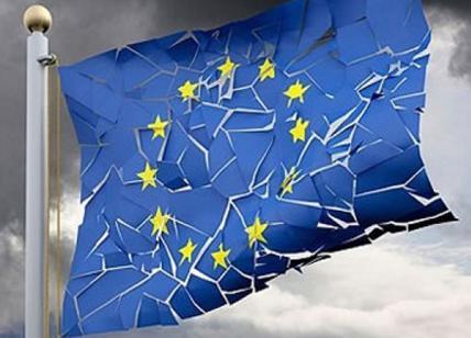 """L'Unione Europea è incompatibile con la nostra Costituzione. Lo stesso dicasi per gli eventuali """"Stati Uniti d'Europa"""" (papers e video di Giuseppe PALMA e Marco MORI)"""