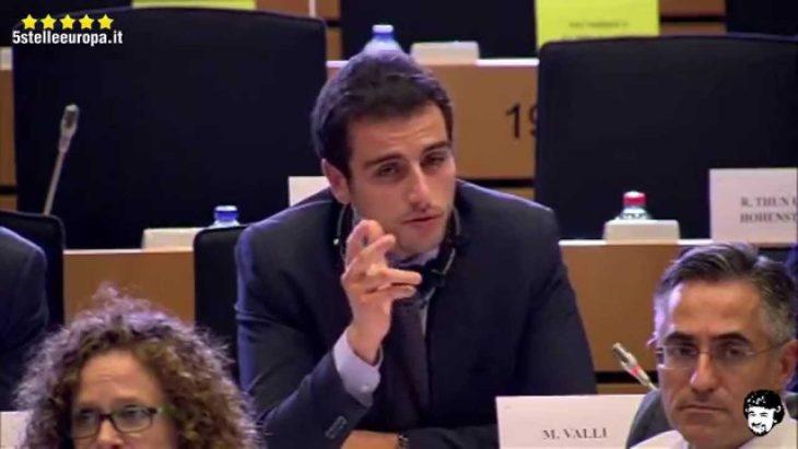 Abile interrogazione di Valli (M5S) al commissario UE conferma indirettamente l'errore di Renzi con il Bail Out.