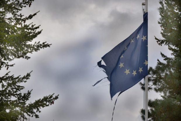 LO TSUNAMI DELL'USCITA DEL REGNO UNITO CONTRO UN'UNIONE EUROPEA POCO UMANA di Giuseppe Paccione