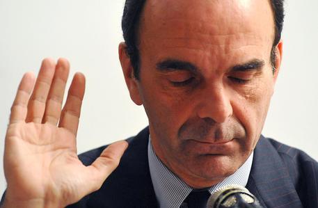 Stefano Parisi durante la conferenza stampa a Milano il 24 febbraio 2010. ANSA