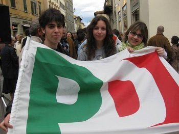 L'arroganza del (al) potere. I giovani del PD e il futuro del popolo. (di Claudio Pisapia)