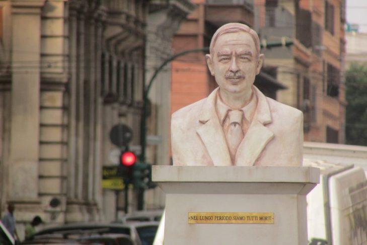 Posta una statua di John Maynard Keynes a Roma. La giusta richiesta perchè il famoso non ha una via o una statua