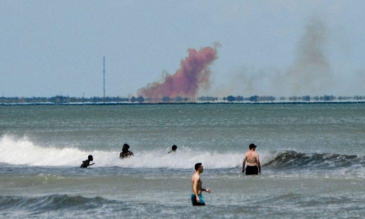 Esplode la navetta SpaceX (video). Ci vorrà ancora un po' prima che gli USA portino un uomo nello spazio…..