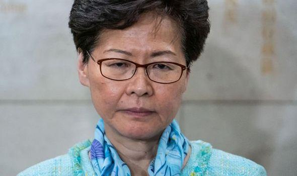 HONG KONG: IL FALLIMENTO DI UN CAPO, ED UNA TRAGEDIA SI AVVICINA