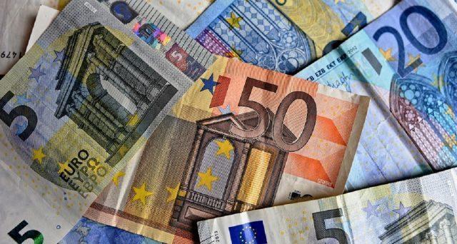 PERCHÉ IL GOVERNO ITALIANO VUOLE INGRASSARE LE BANCHE? Interrogazione di Antonio Rinaldi sull'assurda lotta al contante del governo Conte