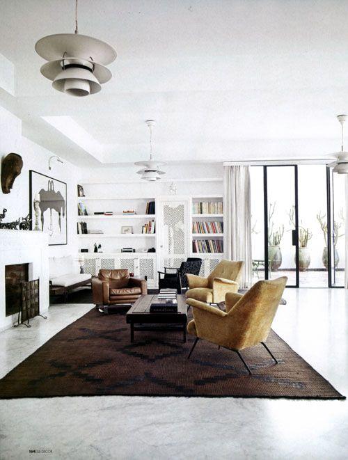 modern living room, light fixtures for home staging