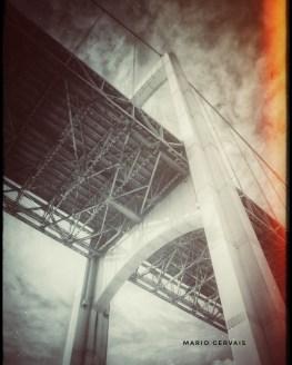 Pierre-Laporte's bridge (Snapseed)