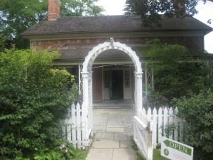 2 Riverdale Farm Simpson House