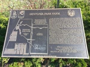 Dentonia Park Farm plaque