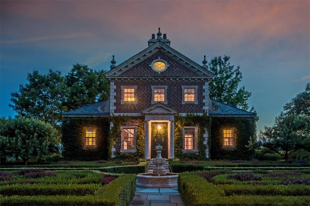 Quaint Country House Design Manor at night - Scene Therapy on spacious home design, serene home design, peaceful home design, modern zen home design, eccentric home design,