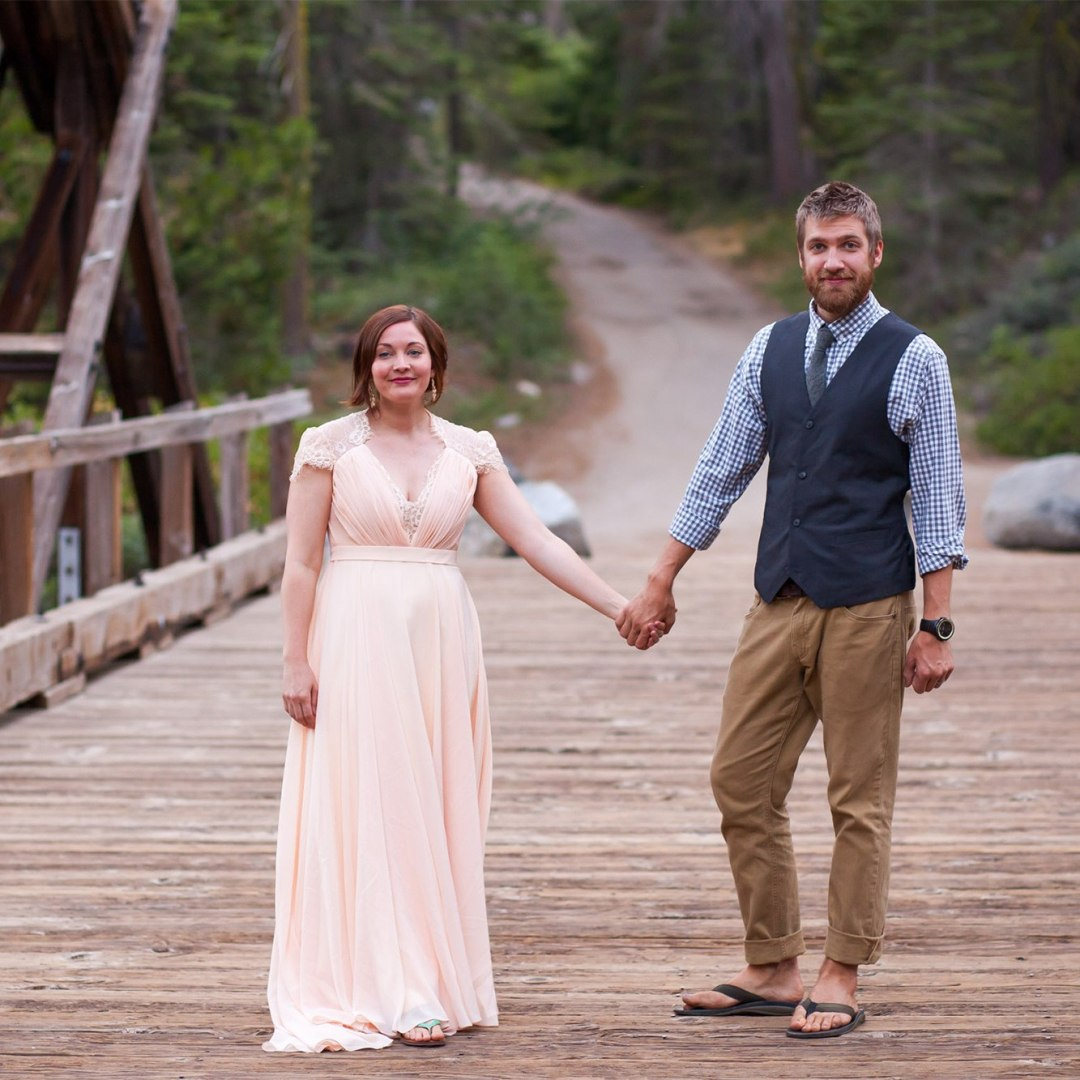 Wondering what to wear for an elopement? Check out this intimate wedding on a bridge in the forest