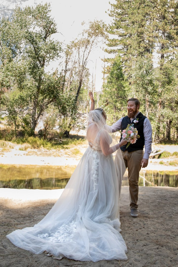 Classic first look before a Yosemite adventure wedding.